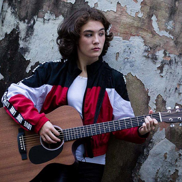 Zoe Giese